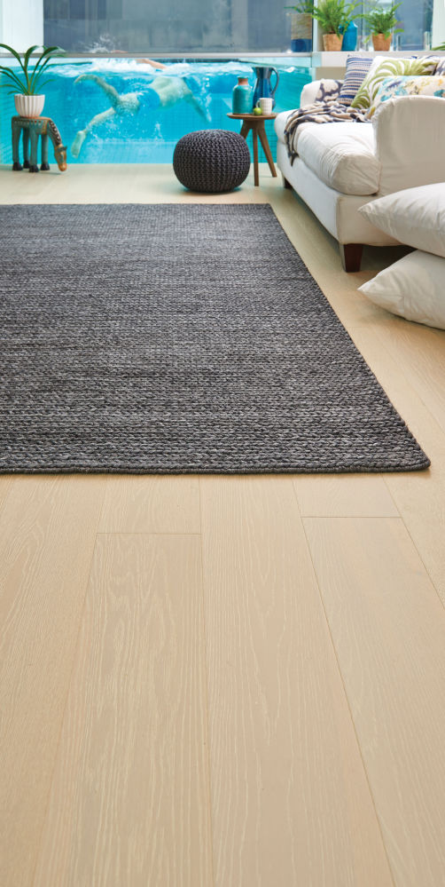 Plantino-Engineered-Oak-Veneto-with-Rug-2_p9z7dw-(1).jpg